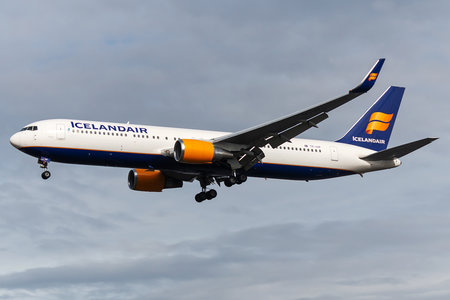 Boeing 767-300ER - TF-ISP operated by Icelandair
