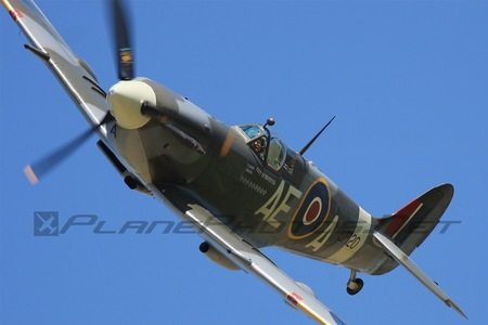 Supermarine Spitfire LF Mk.Vb - G-LFVB operated by Private operator