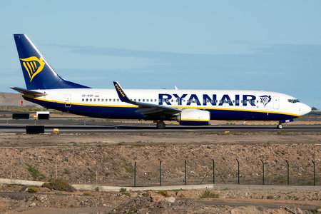 Boeing 737-800 - SP-RSP operated by Ryanair Sun