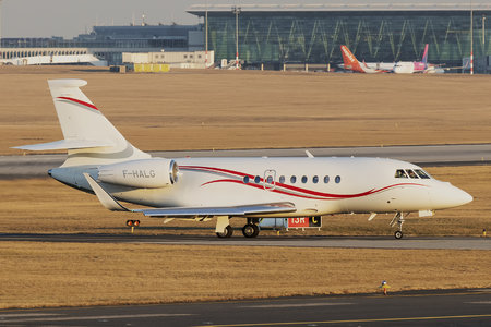 Dassault Falcon 2000LXS - F-HALG operated by AH Fleet Services