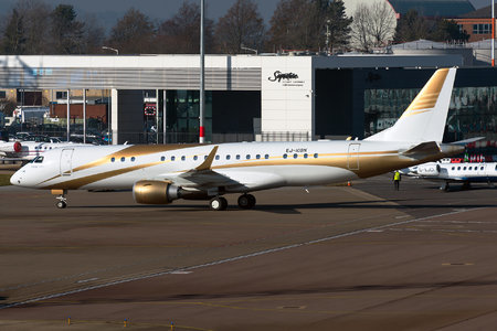 Embraer Lineage 1000 - EJ-IOBN operated by GainJet Ireland