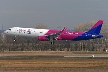 Airbus A321-231 - HA-LTG operated by Wizz Air