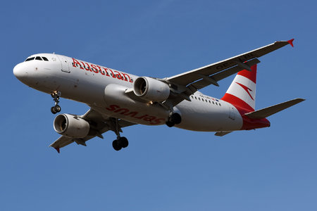 Airbus A320-214 - OE-LBL operated by Austrian Airlines
