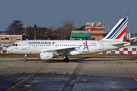 Airbus A319-111 - F-GRXL operated by Air France