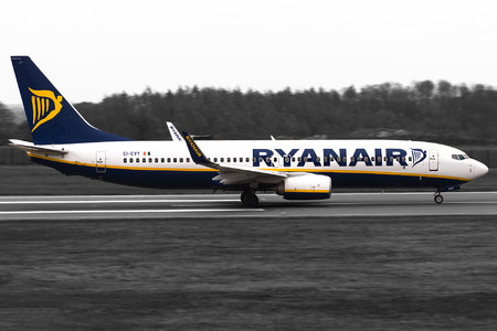 Boeing 737-800 - EI-EVY operated by Ryanair