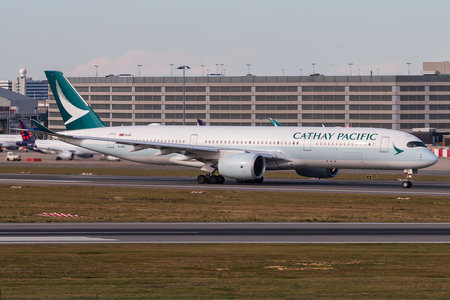 Airbus A350-941 - B-LRV operated by Cathay Pacific Airways