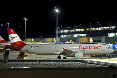 Airbus A321-211 - OE-LBD operated by Austrian Airlines