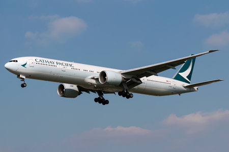 Boeing 777-300ER - B-KQF operated by Cathay Pacific Airways