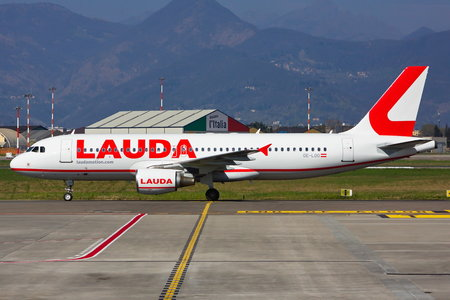 Airbus A320-214 - OE-LOO operated by LaudaMotion