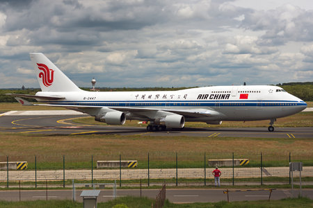 Boeing 747-400 - B-2447 operated by Air China