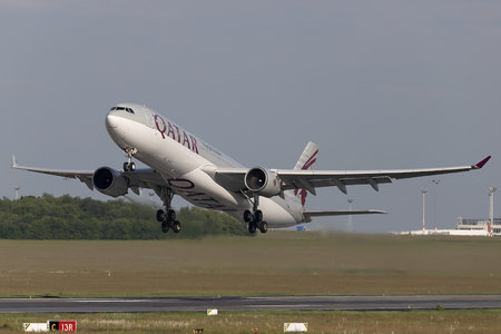 Airbus A330-302 - A7-AEF operated by Qatar Airways