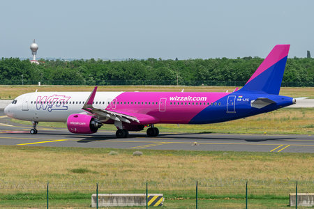 Airbus A321-271NX - HA-LVC operated by Wizz Air