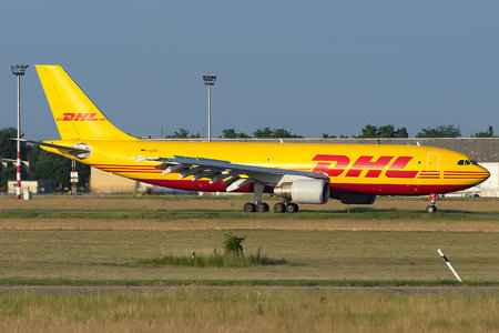 Airbus A300B4-622RF - D-AEAD operated by DHL (European Air Transport)