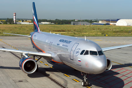 Airbus A320-214 - VQ-BPU operated by Aeroflot