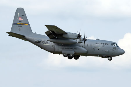 Lockheed C-130H Hercules - 95-6711 operated by US Air Force (USAF)