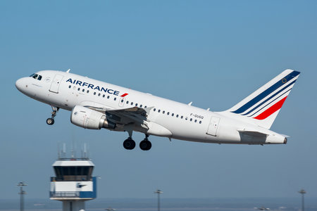 Airbus A318-111 - F-GUGQ operated by Air France