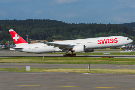 Boeing 777-300ER - HB-JNG operated by Swiss International Air Lines