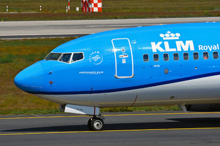 Boeing 737-700 - PH-BGI operated by KLM Royal Dutch Airlines