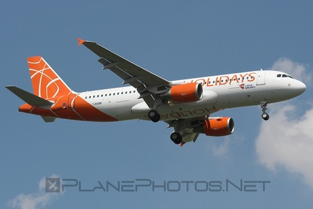 Airbus A320-214 - OK-HCB operated by Holidays Czech Airlines
