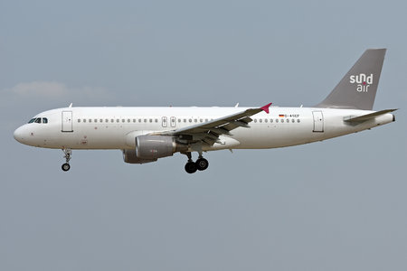 Airbus A320-214 - D-ASEF operated by Sundair
