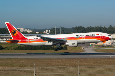 Boeing 777-200ER - D2-TEE operated by TAAG Linhas Aéreas de Angola
