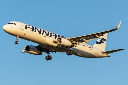 Airbus A321-231 - OH-LZM operated by Finnair