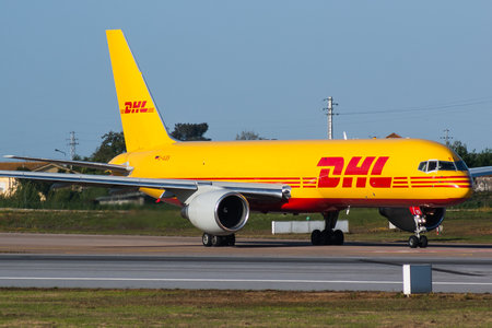 Boeing 757-200PCF - D-ALES operated by DHL (European Air Transport)