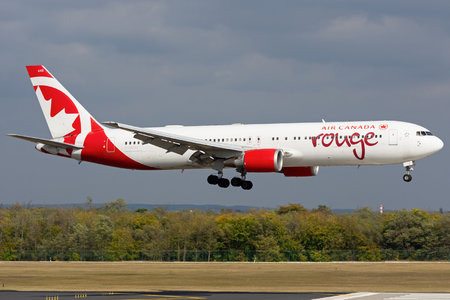 Boeing 767-300ER - C-GEOU operated by Air Canada Rouge