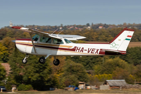Cessna 172N Skyhawk II - HA-VEX operated by Private operator