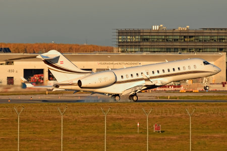 Bombardier BD-700-1A10 Global 6000 - OE-IRT operated by ART Aviation Flugbetriebs GmbH