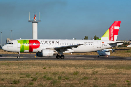 Airbus A320-214 - CS-TNT operated by TAP Portugal