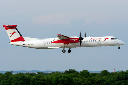 Bombardier DHC-8-Q402 Dash 8 - OE-LGH operated by Austrian Airlines