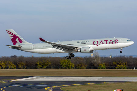 Airbus A330-302 - A7-AEJ operated by Qatar Airways