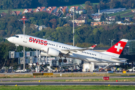 Bombardier BD-500-1A11 C Series CS300 - HB-JCH operated by Swiss International Air Lines