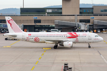 Airbus A320-211 - TS-IML operated by Tunisair