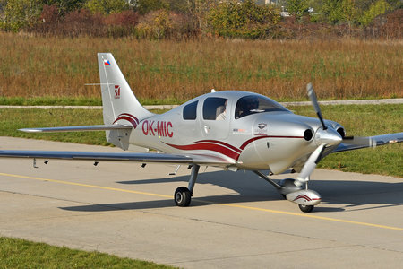 Cessna 400 Corvalis TT - OK-MIC operated by Private operator