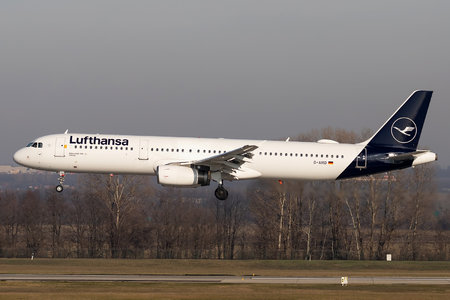 Airbus A321-131 - D-AIRD operated by Lufthansa