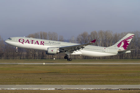 Airbus A330-302 - A7-AED operated by Qatar Airways