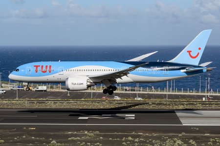 Boeing 787-8 Dreamliner - OO-LOE operated by TUI Airlines Belgium