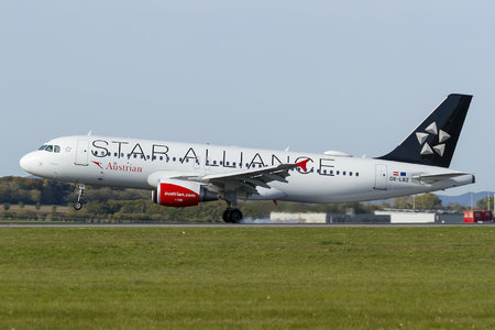 Airbus A320-214 - OE-LBZ operated by Austrian Airlines