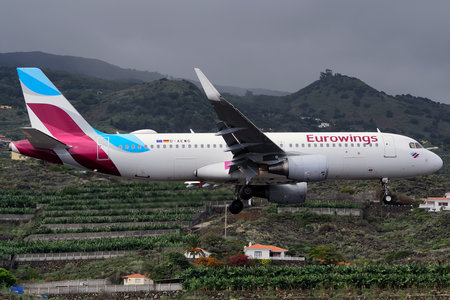 Airbus A320-214 - D-AEWG operated by Eurowings