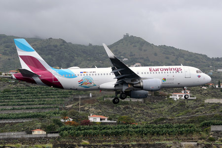 Airbus A320-214 - D-AEWK operated by Eurowings