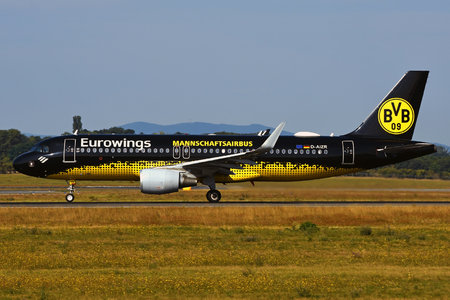 Airbus A320-214 - D-AIZR operated by Eurowings
