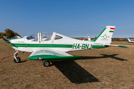 Tecnam P2002JF Sierra - HA-BNJ operated by CAVOK Aviation Training