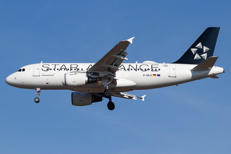 Airbus A319-114 - D-AILS operated by Lufthansa