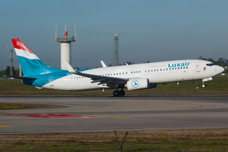 Boeing 737-800 - LX-LGU operated by Luxair
