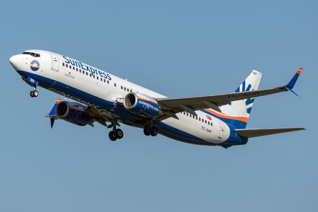 Boeing 737-800 - TC-SNR operated by SunExpress