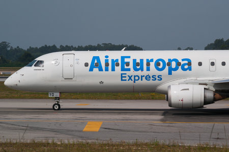 Embraer E195LR (ERJ-190-200LR) - EC-KYO operated by Air Europa Express