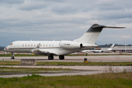 Bombardier Global 5000 (BD-700-1A11) - T7-MSK operated by Private operator