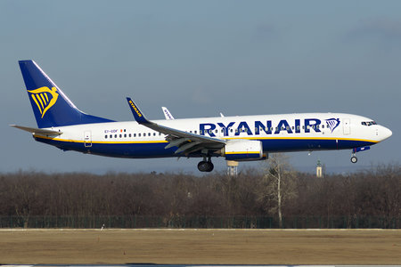 Boeing 737-800 - EI-GDF operated by Ryanair
